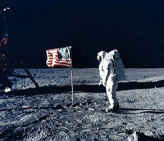 flag-moon.jpg